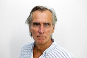 Redaktionschefen och journalisten Mårten Enberg har gjort granskningen av den lokala journalistiken.