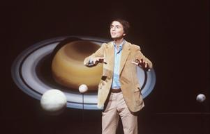 Astronomen Carl Sagans röst hördes på den första vinylen som spelats på 28 000 meters höjd.