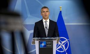 Opinionen har svängt, nu vill svenska folket se en försvarsframtid tillsammans med Jens Stoltenberg och Nato.