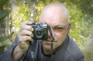 Micael Kolsmyr älskar att fotografera.