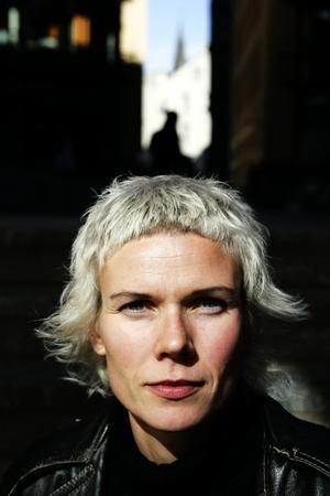 Kommer. Den norska författaren Hanne Ørstavik kommer till Bokdagarna i Dalsland och novellfestivalen – som i år fått nordiskt tema.