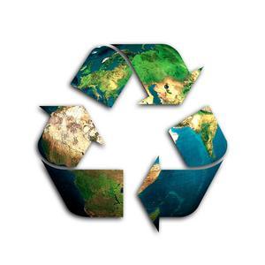 Att varje person släpper ut två ton växthusgaser varje år är ett hållbart leverne, alltså vad jorden klarar av i längden. Svenskarna släpper ut nästan fyra gånger så mycket.