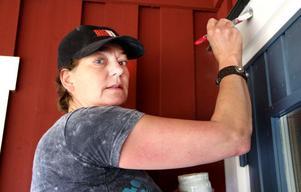 – Det tar längre tid att måla än vad man tror, säger Margrit Van Den Berg.