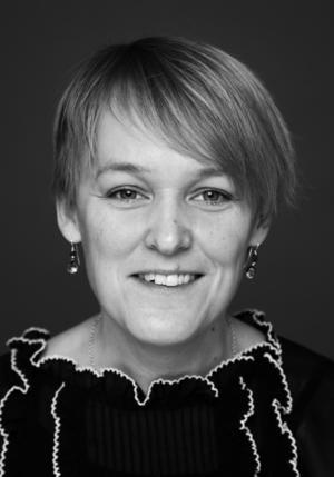 Regissören och dramatikern Maria Blom.