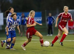 Edsbyns tjejer tar nu fart mot en säsong i division 2.
