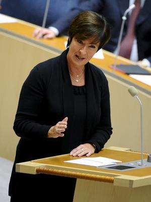 Kämpar på. Socialdemokraternas partiledare Mona Sahlin är i ett utsatt läge efter valnederlaget.