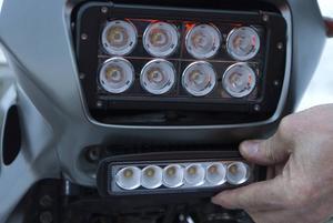 Totte Gottarps Honda är utrustad med kraftfull LED-belysning, som klarar mörka vinterförhållanden väl.