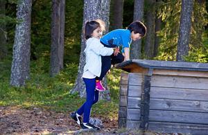 Med på utflykten var totalt tre barn, Vania och Nazanin var två av dem.