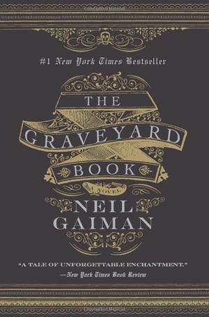 """2) """"The Graveyard book"""". Om babyn Bod vars familj mördas och han blir adopterad av spöken på en kyrkogård. En modernisering av Kiplings """"Djungelboken"""" som bär Gaimans omisskännliga prägel."""