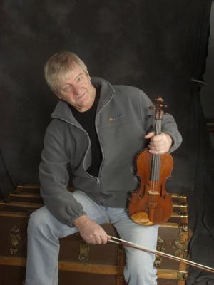 Björn Ståbi var en länk mellan spelmansmusiken och vissångarna från slutet av 60-talet.