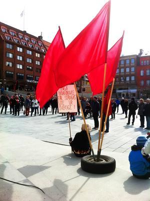 För ett år sedan uttryckte Vänstern i Östersund sitt stöd för Sveriges alla invandrare. Då var Stortorget målet för demonstrationståget.