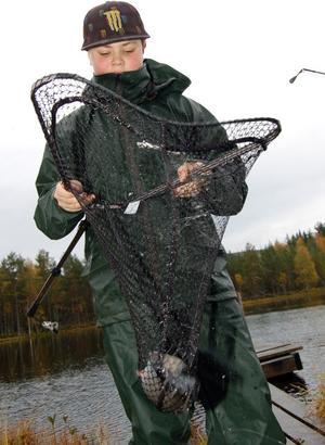 Jimmy Wahlberg håvade in några fiskar under dagen.