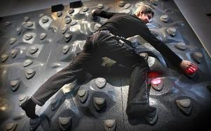 Digiwall, en kombination av datorspelsteknologi, ljud, ljud och klättervägg. Foto: Staffan Björklund