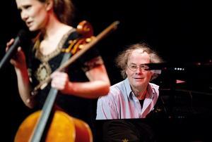Pianisten Jan Bülow har tonsatt Birgitta Bergstens poesi.