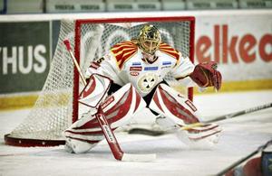 Jacob Markström fick ingen vidare 19-årsdag i går. Fyra insläppta mål och utbytt efter två peridoer.
