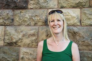 Jenny Björklund, docent i litteraturvetenskap, har skrivit boken