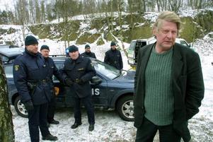 I filmversion.  Rolf Lassgård som Wallander.