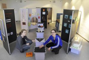 I utställningsrummet kan man experimentera med matematik, berättar kultursekreterarna Ulrika Björck och Christina Öhlén.