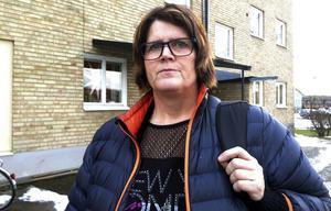 Birgitta Sjögren (S) berättar om hur man ska lösa de boendeplatser som krävs för att klara tilldelningen av ensamkommande flyktingbarn 2016.