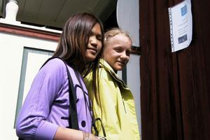 Olivia Olsson och Ester Elofsson, båda från Alfta, gick tipsrundan. En av frågorna handlade om vad fladdermusen äter