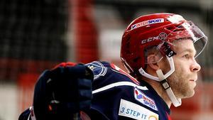 Robban Carlsson lämnar finska JYP.