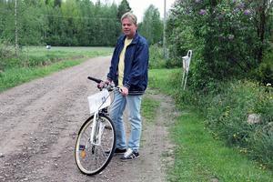 I år lottar vi ut en damcykel bland deltagarna som ställer upp i Ålslingan, säger Jon Forsmark för Korpen i Alfta.