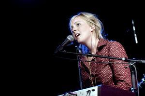 Hannah Berglunds röst fick låtarna att lyfta. Foto: Janne Eriksson