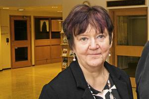 Christina Kaloinen, socialchef, berättar att hyreskostnaden för den tomma fastigheten på Solhemsvägen kostar kommunen 725 000 kronor per kvartal.