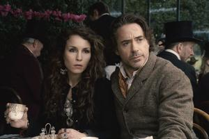 "Noomi Rapace har en stor roll mot Robert Downey Jr i ""Sherlock Holmes: A Game Of Shadows""."