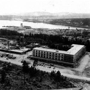 1963 var Skyttisområdet inte mycket till stadsdel. Huset där Östra Livs låg/ligger var inte ens färdigbyggt.
