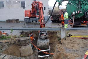 Ett vattenledningsrör bakom Hantverkshuset gick av på fredag morgon.