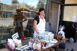 Tina Svensson från 64 kvadrat bjöd på lokala delikatesser.