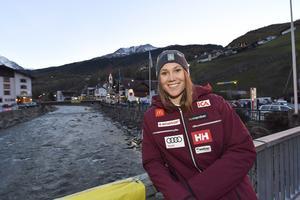 Estelle Alphand inför världscuppremiären och debuten i svensk landslagsdress.