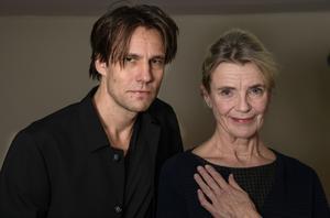 Erik Ehn och Stina Ekblad spelar Peer Gynt respektive mor Åse i Ibsens pjäs som har premiär 15 februari på Dramaten.