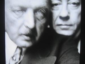 En tidig selfie av Zorn och en okänd vän ingår i utställningen Zorn och kameran.