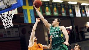 Toni Bizaca är en av SM-finalens allra bästa spelare.