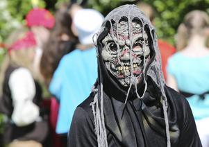 Otäcka masker och skräck i alla dess former var ett vanligt tema på Parklyran.