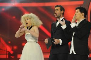 """Amanda Fondell vinner """"Idol"""" i december."""