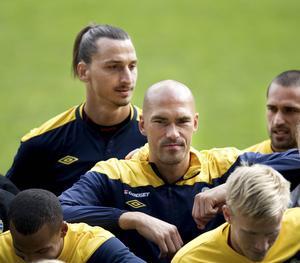 Daniel Majstorovic gästar kvällens uppsnack inför ÖFK-Örebro. Här är han i landslagsdräkten tillsammans med bland andra Zlatan Ibrahimovic.