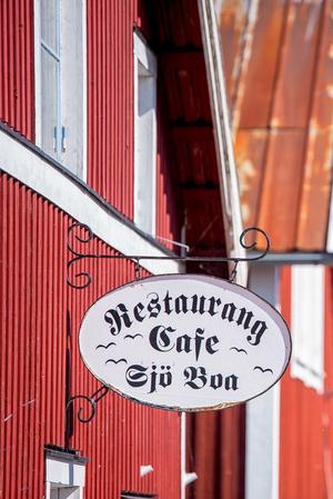 Den gamla restaurangen i Hölick är till salu och håller stängt under sommaren.