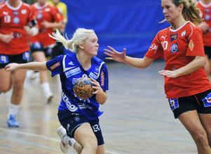 Arbrås 16-åriga jättetalang Ida Skoglund har skrivit på för Karlstadlaget Hellton.