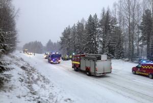 Två fordon har krockat i höjd med Johannisberg.