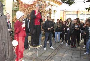 Med bubbel i glasen blev Infokomp-gymnasiet Klara gymnasium.