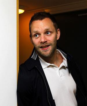 – Vi har kört på precis som om vi skulle spela i Allsvenskan, säger Jörgen Nordlöf inför ännu ett pass på Sporthallens brottningsmatta.