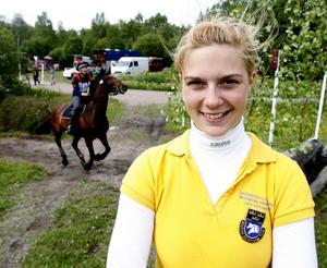 Frida Andersén, 21 år, framgångsrik fälttävlansryttare, studerande, Hofors:– Börja ta hand om mig själv lika mycket som jag tar hand om min häst Herta.