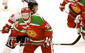 Patrik Andersson gjorde come back efter ett drygt års bortavaro från seriespel. Fyra hjärnskakningar på tre år gör att han numera har ett skydd för sin käke.