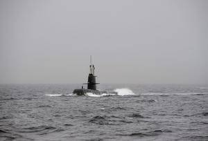 Bilden på ubåten är tagen under NATOs ubåtövning Exercise Dynamic Mongoose utanför Bergen.