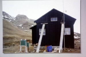 Så här ser stugan på Snow hill ut i dag.