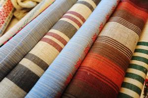 Löpare i olika mönster och färger fanns till försäljning.