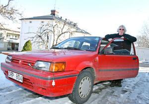 Gertrud Svensson köpte bilen för smått otroliga 5000 eller 6000 för tio år sedan. Hon kommer inte riktigt ihåg.